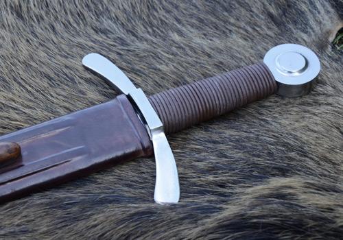 Bild Nr. 02 Scheibenknauf Schaukampfschwert mit Scheide