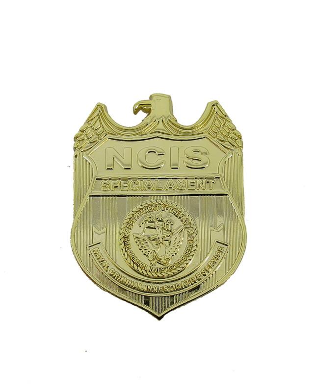 Bild Nr. 03 NCIS Dienstwaffe Pistole Sig P239 Dienstmarke pesönlicher Ausweis Messer