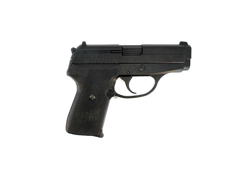 Bild NCIS Dienstwaffe Pistole Sig P239 Dienstmarke pesönlicher Ausweis Messer Abb. Nr. 10